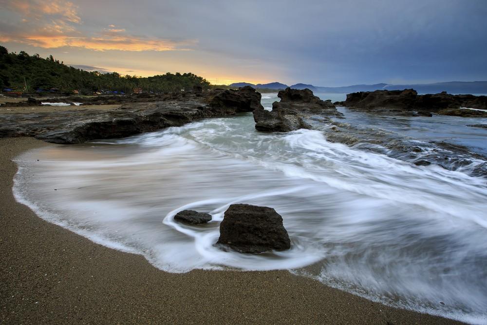 Pantai Pelabuhan Ratu, Sukabumi-Jawa Barat